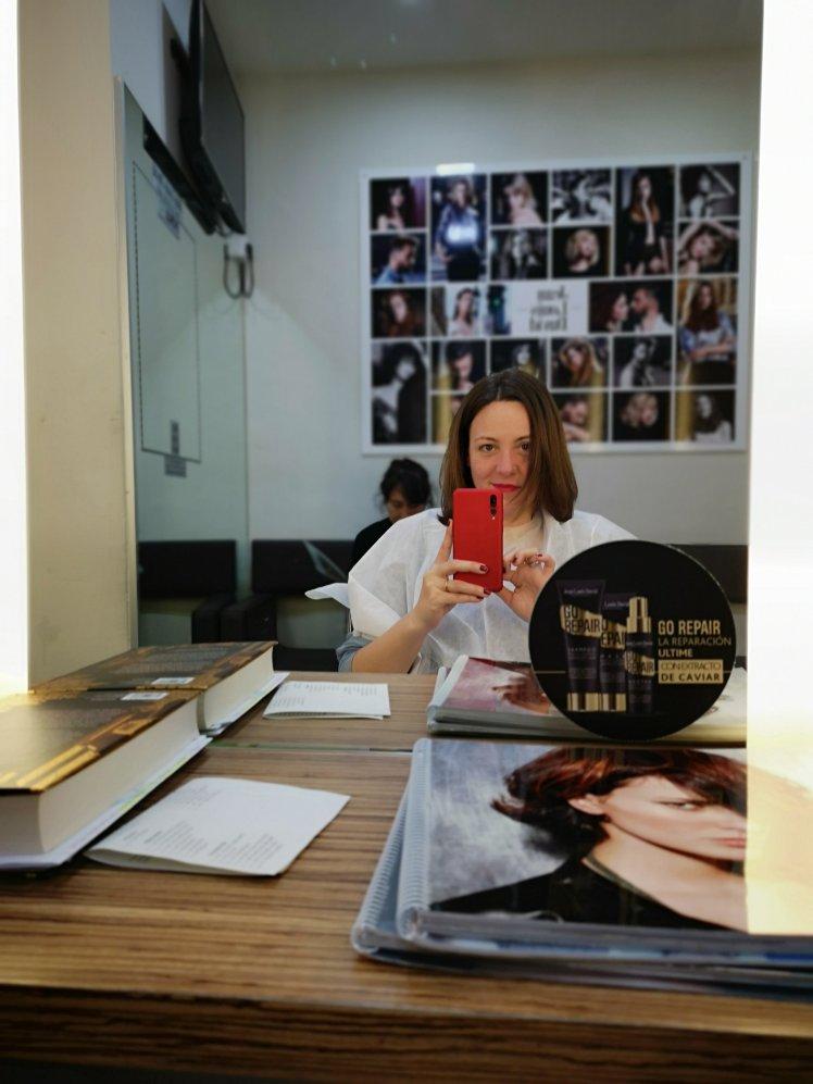 Cambio de look: antes, en la peluquería